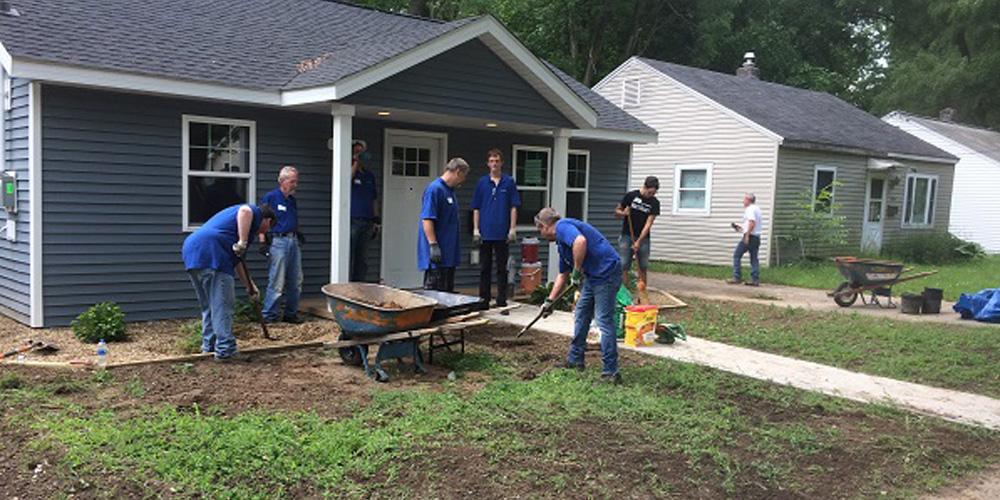 Volunteer Day for Weidenhammer employees